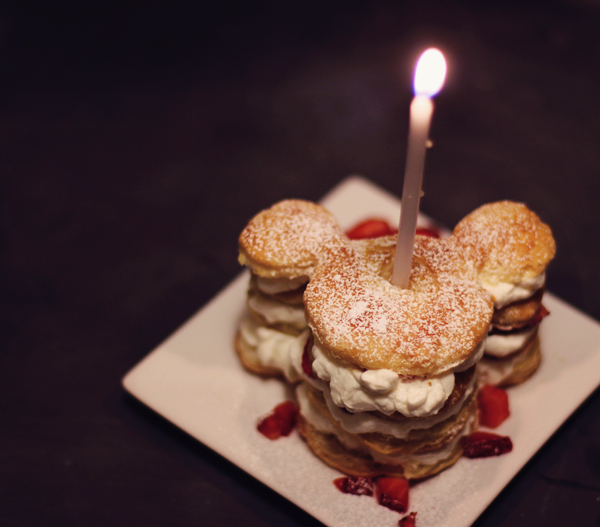 Simple Disney themed dessert for birthday. See the recipe at http://everclevermom.com/2014/01/mickey-mouse-puff-pastry-sweet-and-savory-variations/