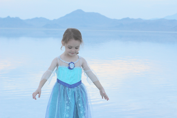 Eva as Queen Elsa #FROZENFun  #shop