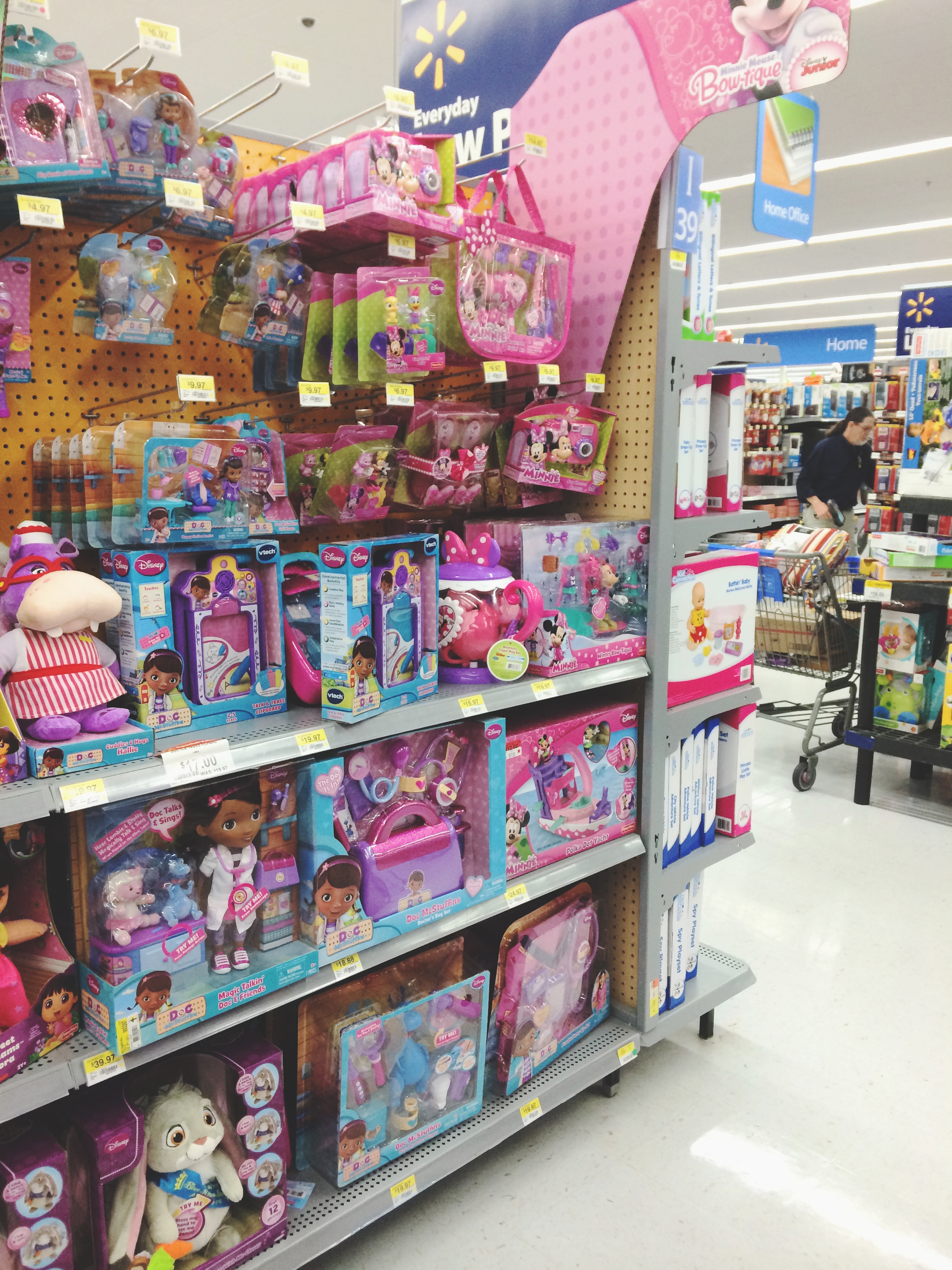 Doc McStuffins at Walmart #JuniorCelebrates #CollectiveBias #shop