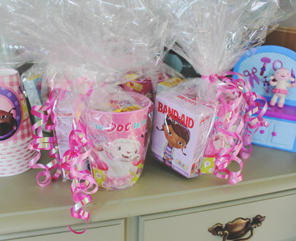 Doc McStuffins party favors #JuniorCelebrates #CollectiveBias #shop
