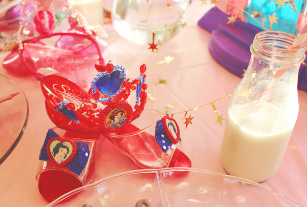 Snow white party favors #DisneyBeauties #shop